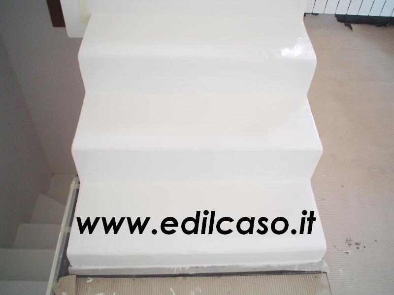 Pavimenti in resina rivestimenti in resina per scale bianco puro edilcaso - Resina per scale ...
